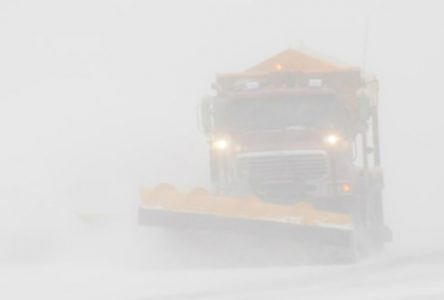 Vents et neige poudreuse : la Friche fermée et circulation par convoi à Albanel