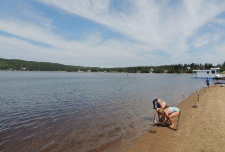 La plage du Lac-à-Jim de nouveau accessible aux baigneurs