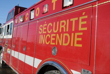 Camion en feu à Saint-Eugène-d'Argentenay