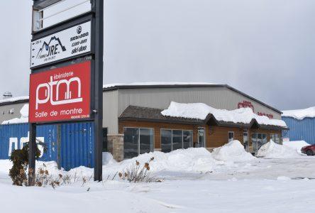 Ébénisterie PTM se diversifie et ouvre un centre déco