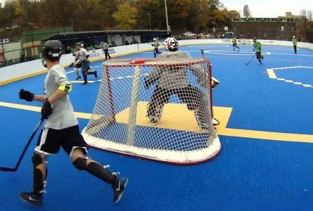Dolbeau-Mistassini aura son plancher de dek hockey
