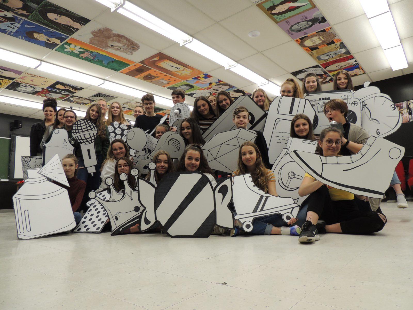 École secondaire Des Chutes : Dansons… le pied de poule!