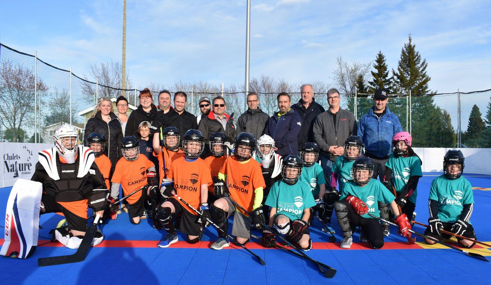 La surface de dek hockey officiellement inaugurée