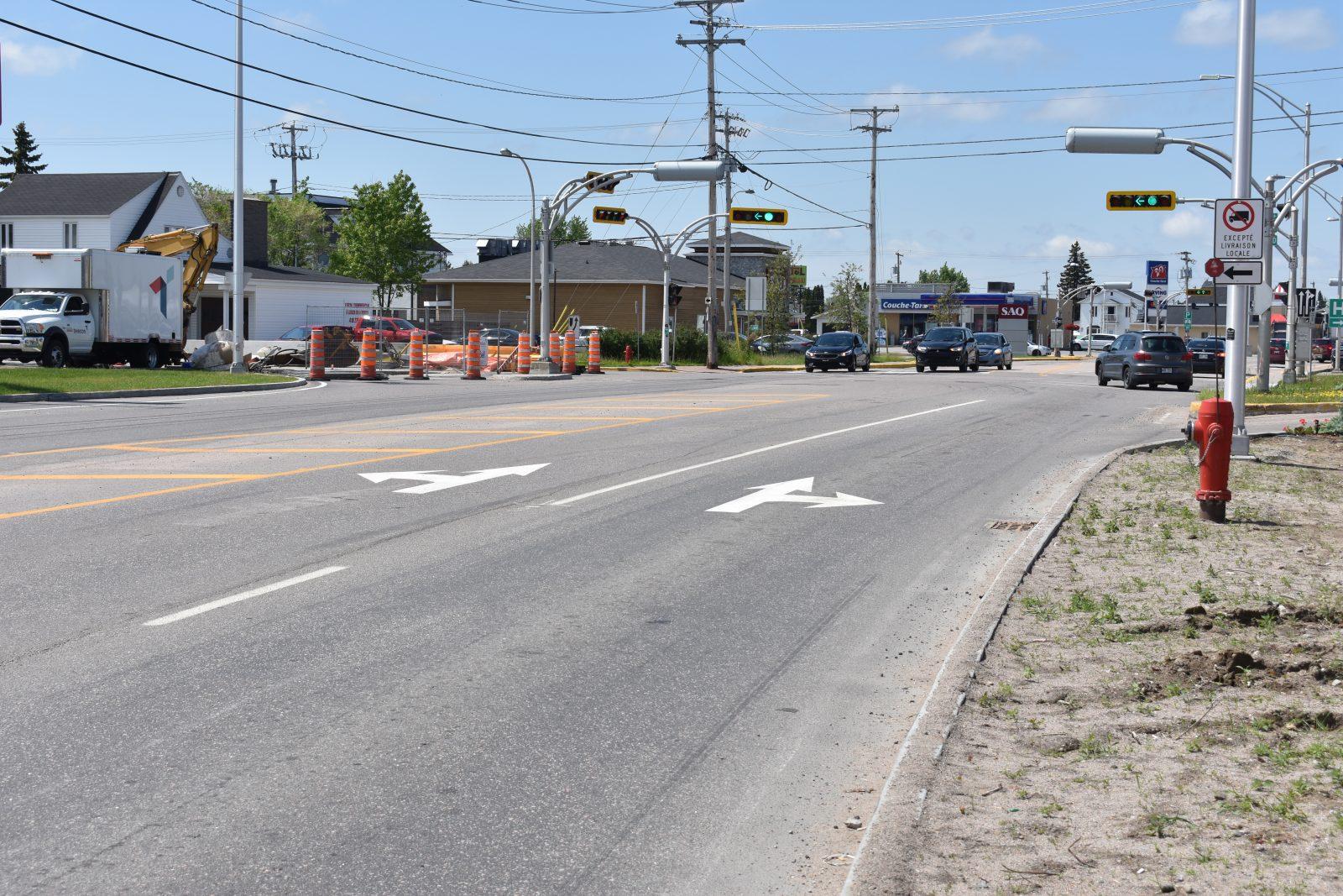Nouvelle signalisation sur la 8e avenue : confusion chez plusieurs automobilistes