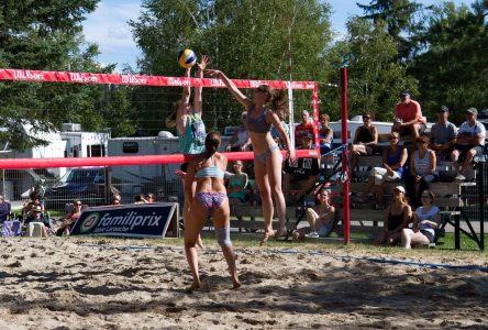 « C'est pas mal le plus beau tournoi de volley au Québec! »