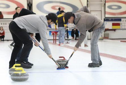 Le club de curling vise juste!