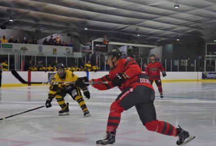 Hockey senior : Dolbeau gâche le match d'ouverture du CHS de Saint-Bruno