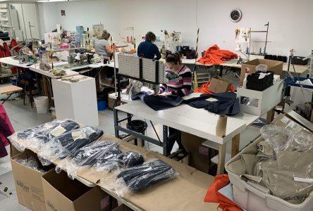 Confection de vêtements sanitaires : Bilodeau Canada s'est reviré sur un 10 cents