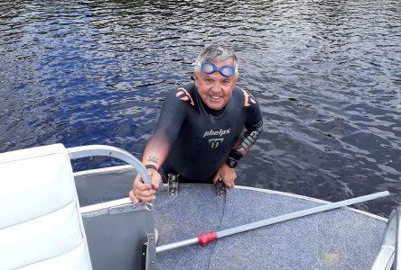 À 63 ans: Jacques Trottier a descendu la Péribonka à la nage