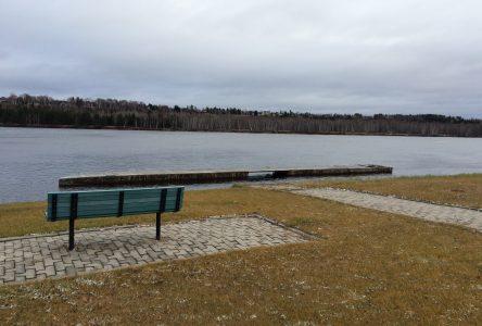 Une étude de sol sera réalisée pour le remplacement du quai fixe de la marina