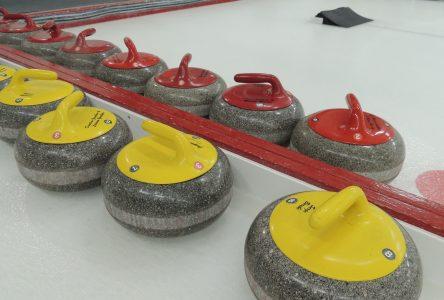 Le curling mis sur la glace avec la pandémie