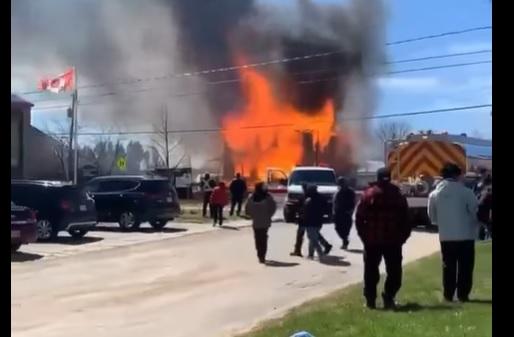 Incendie majeur à Saint-Edmond-les-Plaines