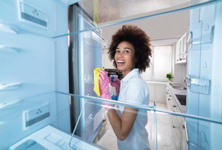 Nettoyage et entretien du joint de porte d'un frigo