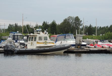 Towing Boat : Contre vents et marées