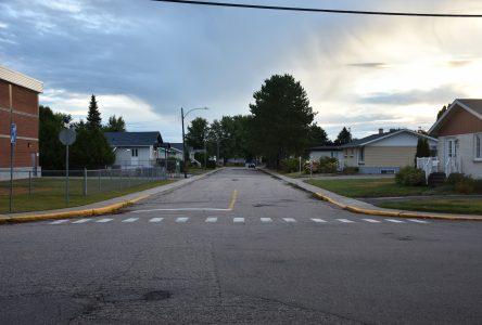 Enjeu de sécurité à l'École Notre-Dame-des-Anges: La rue Brisson deviendra un sens unique