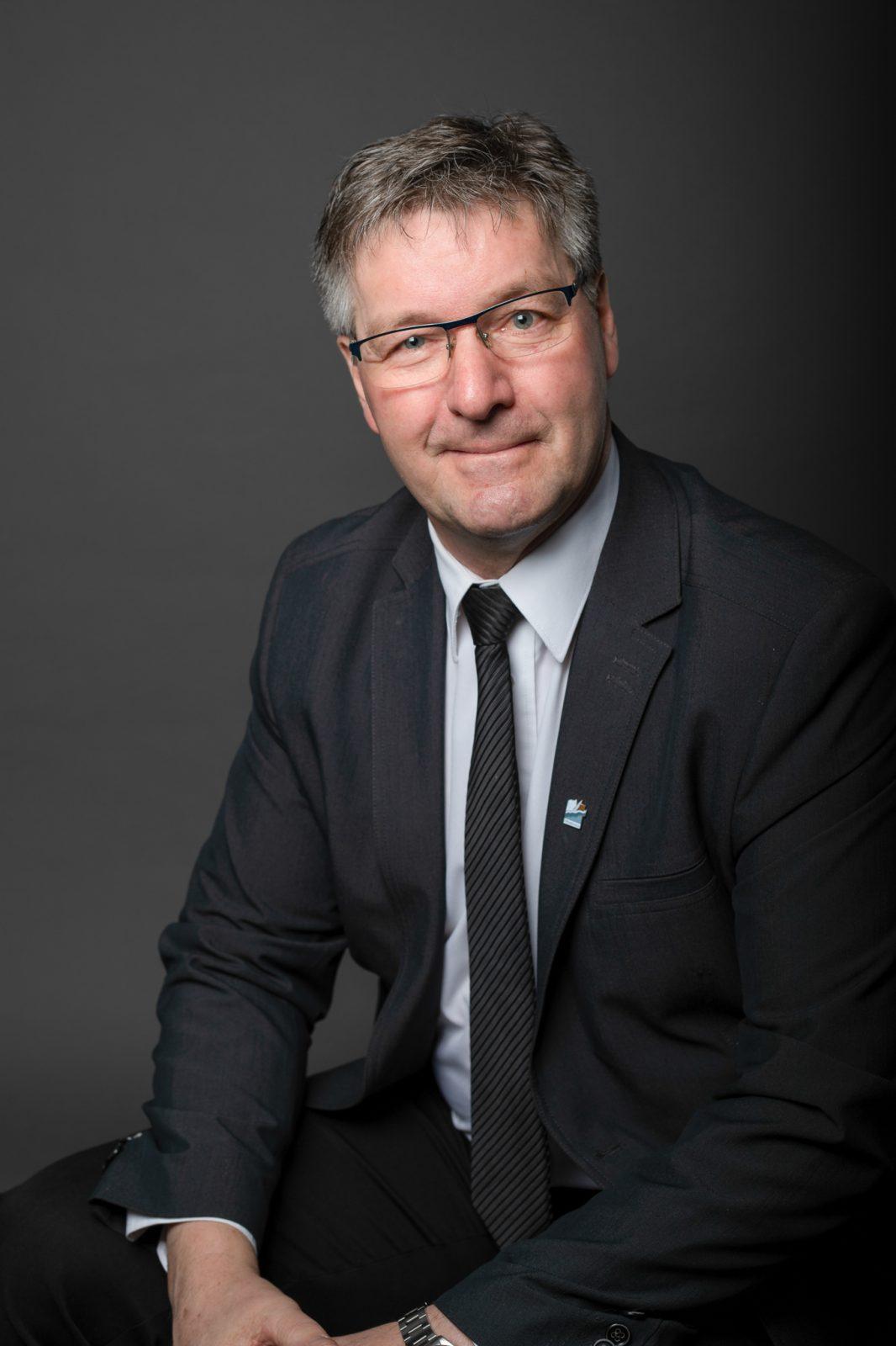 Péribonka: Ghislain Goulet quitte la mairie et revient comme conseiller