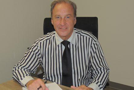 Comptable de profession: Le maire Guy veut une administration efficace et efficiente