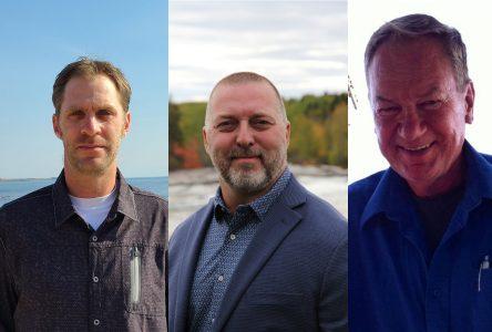 Trois aspirants au siège no 3: Stéphane Houde, Robin Tremblay et Gérard Veillette courtisent l'électorat
